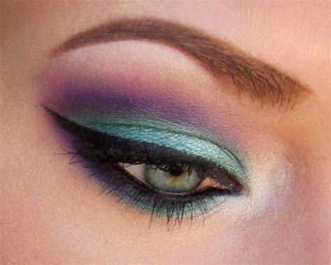 Lipstik Hare Ori Colorfull modern indian wedding palette purple teal and gold