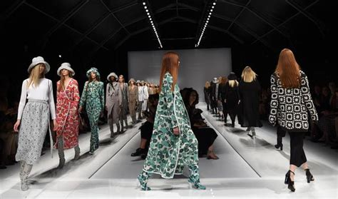 Max Milan 691 collezione primavera estate 2015 max mara a moda