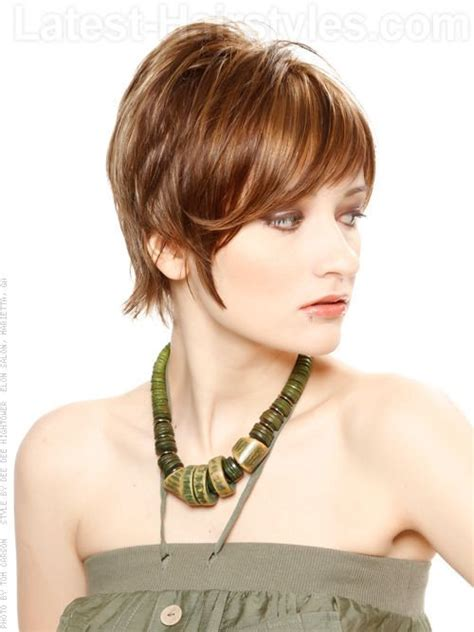 short in back face framed front with bangs 22 best short hair images on pinterest coiffures courtes