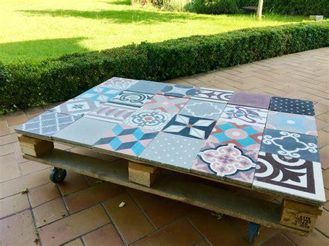 Table Basse Ciment by Table Basse Palette Et Carreaux Ciment Deco