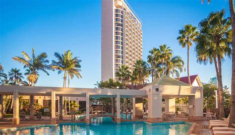 gold coast inn crowne plaza surfers paradise deals reviews surfers