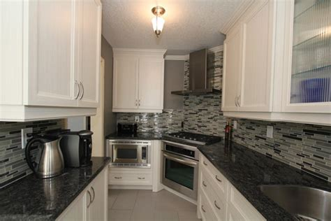 monarch kitchen bath centre are you dreaming of a cream monarch kitchen bath centre does your dream kitchen