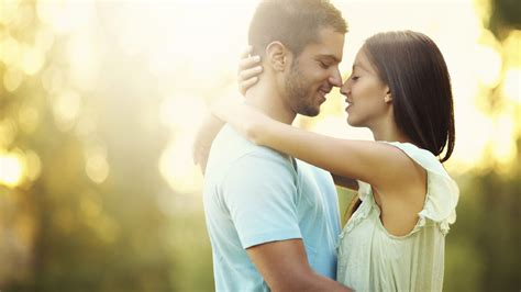 images of love romantic couple 30 the most touching and inspiring quotes on love