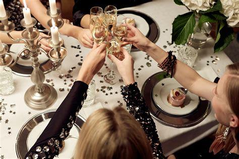 new year dinner celebration tricot fashion squad