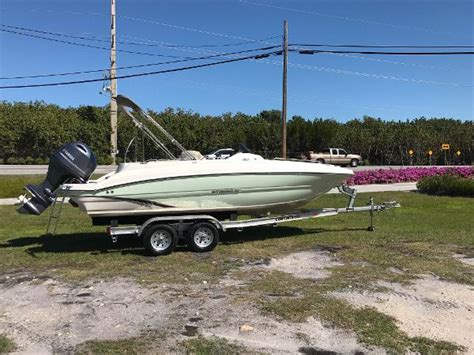 islamorada pontoon boat rentals 2017 stingray 192 sc 20 foot 2017 pontoon deck boat in