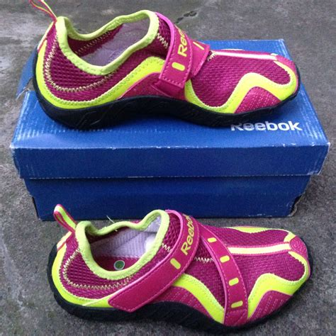 Sepatu Adidas Anak Original terjual sepatu futsal kets anak adidas nike all original
