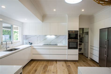 All White Kitchen Designs by Brookfield Kitchen By Makings Of Fine Kitchens Amp Bathrooms