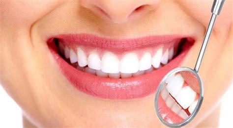 Gigi Sehat Dan Cantik bahaya gusi tak sehat kenali ciri cirinya