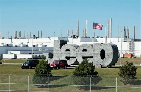 Toledo Jeep Plant Jeep Assembly Plants Will Receive 1 05 Billion Investment