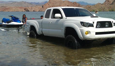 Toyota Tacoma Towing Boat Trailer Towing Manual Vs Automatic Transmission