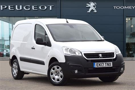 peugeot partner 2017 used 2017 peugeot partner blue hdi professional l1 for