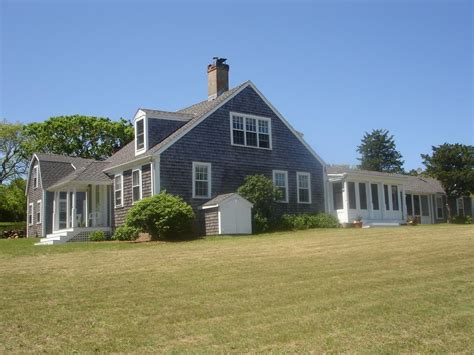 Chappaquiddick House Rentals Chappaquiddick Vacation Rental Home In Martha S Vineyard Ma 02539 Less Than 200 Yards To
