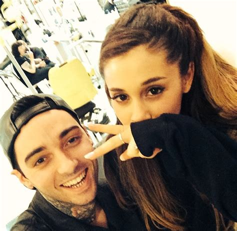 ariana grande neck tattoo grande shows new neck what does mille