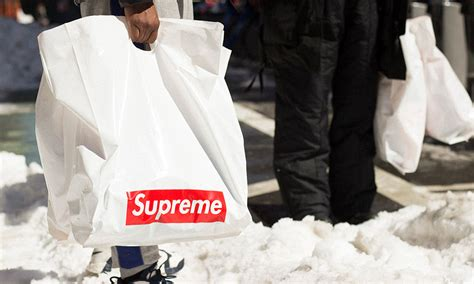 supreme clothing line how to buy supreme clothing the ultimate beginner s guide