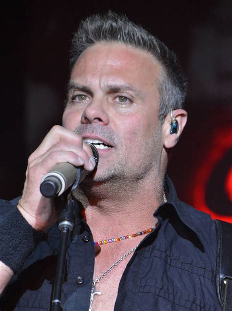 famous dead country singers troy gentry dead country singer killed in helicopter crash aged 50 news
