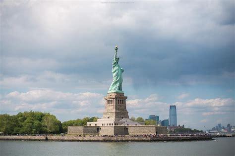 boat cruise nyc statue of liberty statue of liberty express cruise boat ride ellis island