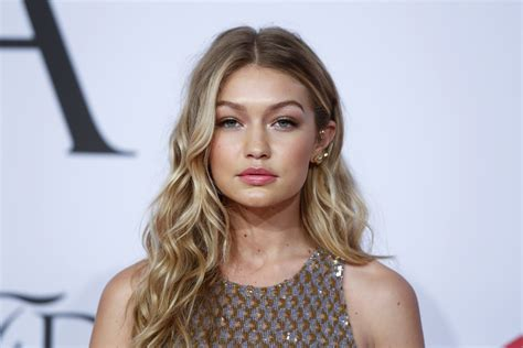 who is gigi hadid how rising model replaced cara