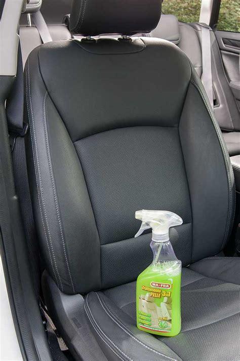 pulire tappezzeria auto pulire sedili auto come si fa e quali prodotti utilizzare