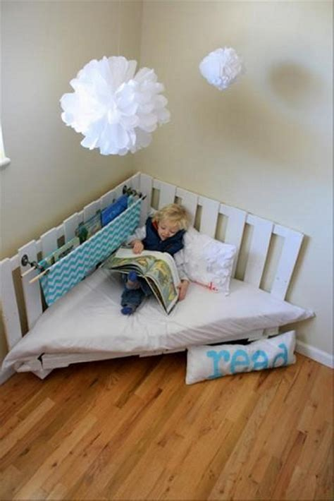 50 Pallet Ideas for Home Decor   Pallet Ideas: Recycled / Upcycled Pallets Furniture Projects.