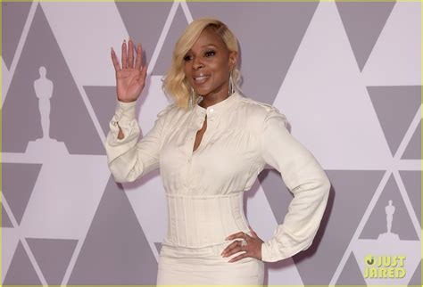 React To Oscar At Luncheon by J Blige Bryant Join At Oscar Nominees