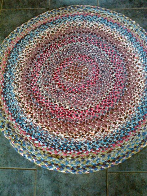 plaited amish style rag rug crafts