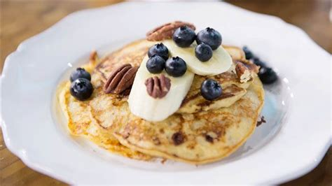 healthy cottage cheese healthy banana and cottage cheese pancakes today