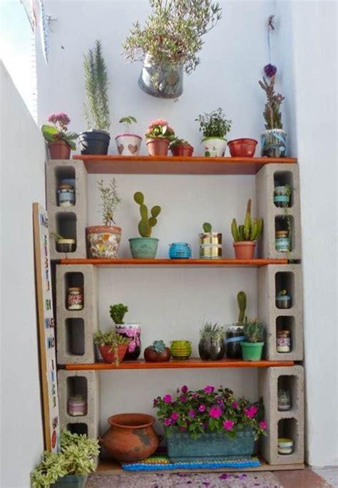 reciclaje decoracion estiloydeco estanter 237 a con bloques de cemento decoraci 243 n low cost