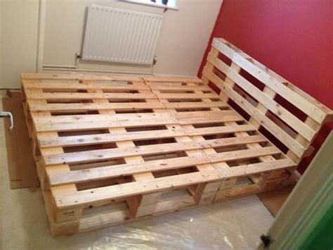 recycled wood bed frames recycled pallet bed frame projects recycled things