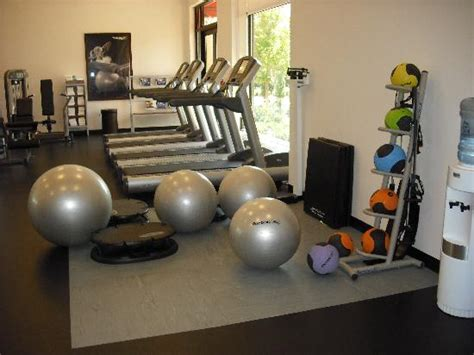 bedroom work out 301 moved permanently
