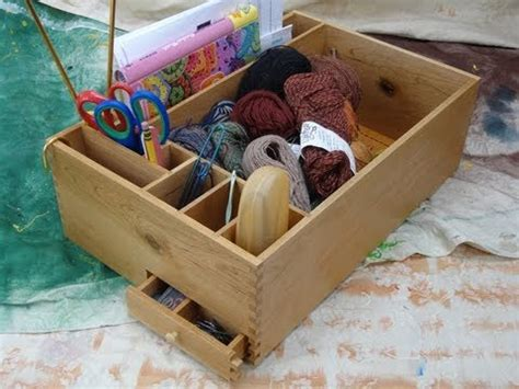 Knitting Box And How To Make Easy Finger Joints