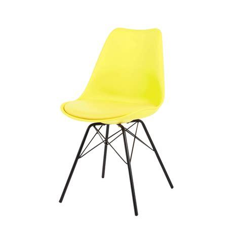 chaises jaunes chaise jaune