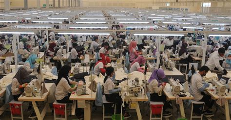 berpacu  target peningkatan industri tekstil
