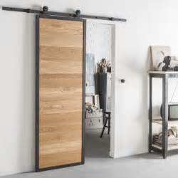 Merveilleux Prix D Une Porte Coulissante #1: style-industriel-pour-une-porte-coulissante-en-bois-et-alu.jpg?$p=hi-w795