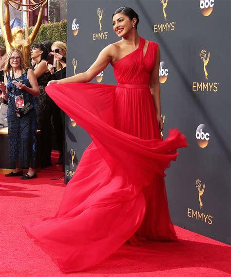 priyanka chopra emmy dress 2016 priyanka chopra s red hot emmys red carpet look instyle