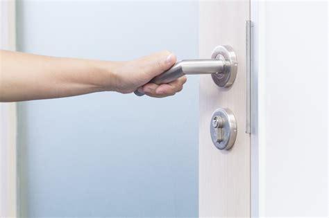 How Do You Fix A Door Knob by Door Handle Repair Singapore Solid Impressions