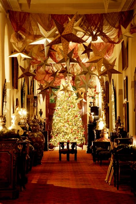 classic christmas decorating ideas interior vogue