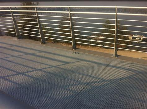 pavimenti in pvc per esterni pavimento pvc pavimenti per esterni vantaggi