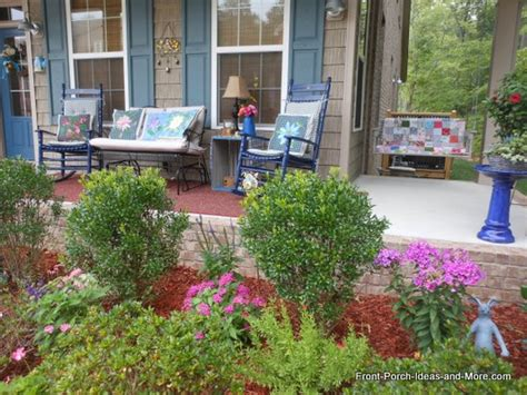 Front Porch Decorating Ideas For Summer by Summer Porch Decorating Ideas For A Cool Yet Sizzling Porch