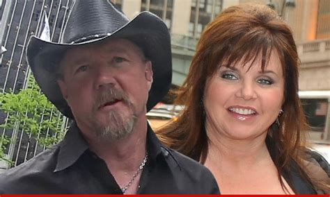 trace adkins lincoln lawyer trace adkins divorce settled tmz
