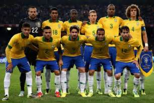 Scolari and brazil must use new faces in 2014 world cup preparation