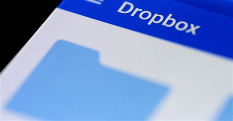 dropbox valuation dropbox priced at 21 a share in i p o valuing company