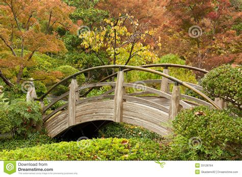 Japanese Garden Arch Plans Arch Bridge In A Japanese Garden Stock Images Image