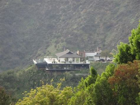 t coco s home picture of mulholland drive beverly