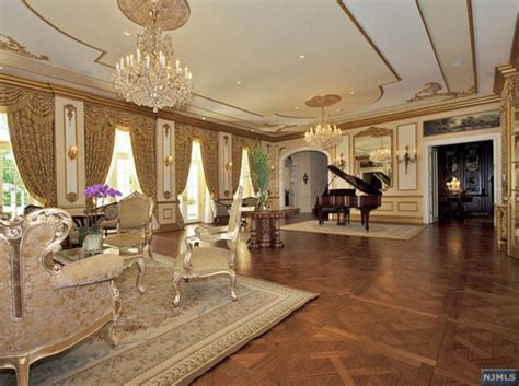 interior pictures    million french chateau