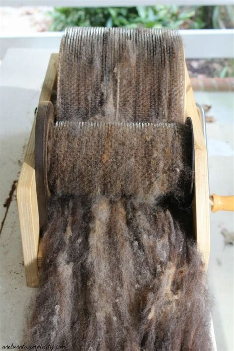 carding wool tutorial spinning wool and turning on pinterest