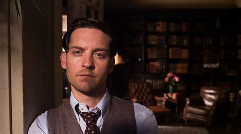dishonesty theme in the great gatsby review the great gatsby 2013 film
