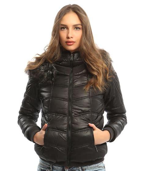 bayan mont modelleri tesettr giyimde son moda elbise modelleri siyah bayan şişme mont modelleri soğuk kış g 252 nleri i 231 in