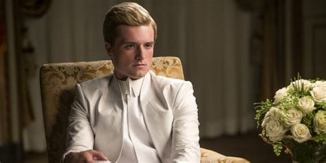 mockingjay part 1 deleted scene peeta and snow chat this lost mockingjay part 1 scene shows what happened