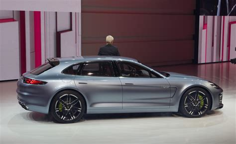 porsche panamera wagon car and driver