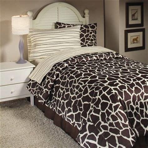 giraffe print bedding leopard animal print bedding set and bedroom decor